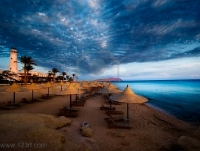 2425486-sunset-and-turquoise-ocean-in-sharm-el-sheikh-egypt